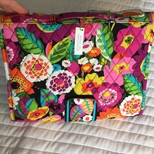 Vera Bradley changing pad clutch, brand new!